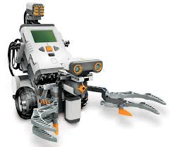Ohjelmointia NXT-roboteilla: TriBot I