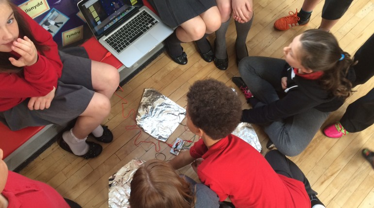 MaKeyMaKey Workshops at Tonypandy Primary